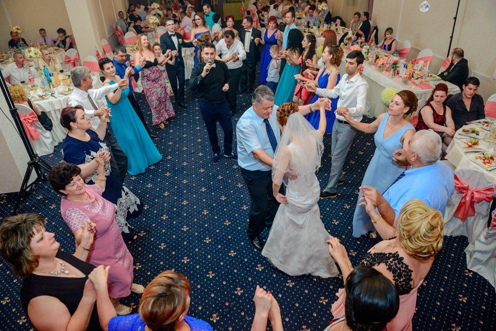Nunta cautati femeie